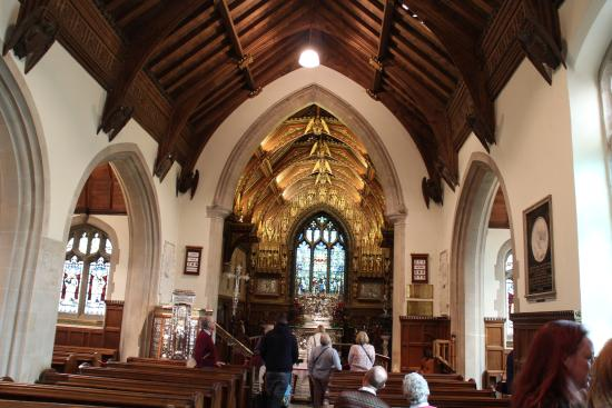 Sandringham, UK: interior of the church