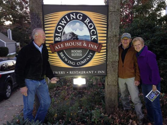 Blowing Rock Ale House and Inn : Great place to eat, drink and stay!