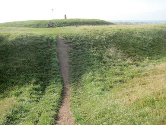 County Meath, Irlanda: Neolithic mound & henge