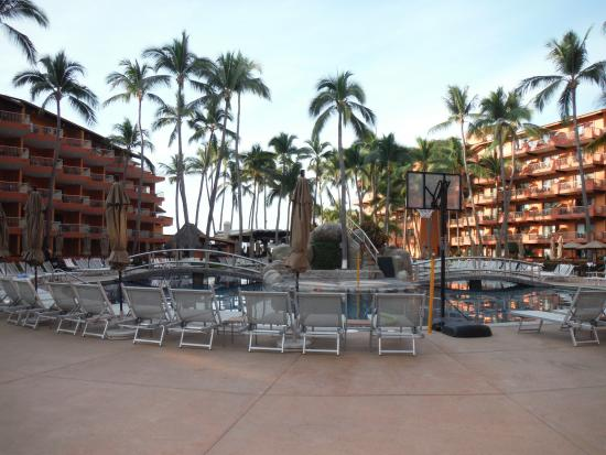 Villa del Mar Beach Resort & Spa: The main pool