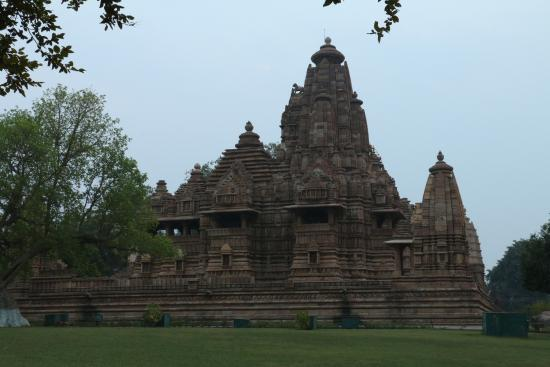 Hotel Surya Khajuraho : Complexo de templo próximo ao hotel