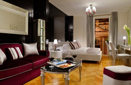 Salotto 93 Suite - Picture of Lifestyle Suites Rome, Rome - TripAdvisor