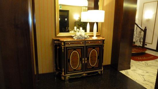 La Pace: Холл гостиницы