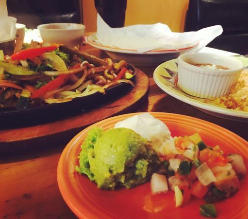 Cantina Laredo: photo0.jpg