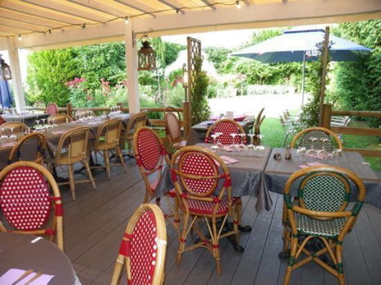 Le saint jean soissons 4 rue neuve de l hopital for Restaurant le jardin 02190 neufchatel sur aisne