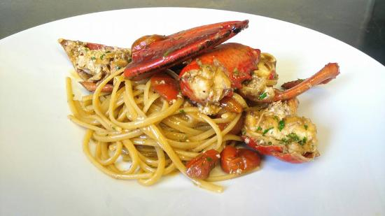 Lobster Russian Corner: Bavette all' Astice