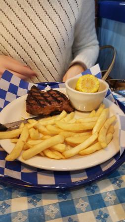 Pantego, Teksas: Perfect steak portion for the smaller appetite