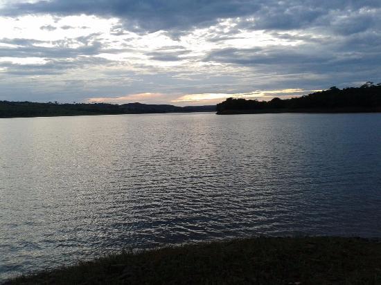 Alexania, GO: Lago Corumbá IV
