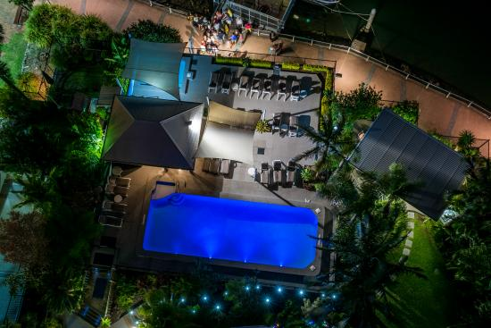 Moorings on Cavill Avenue: the pool at night