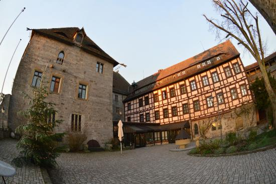 Colmberg, Alemania: Courtyard of the castle