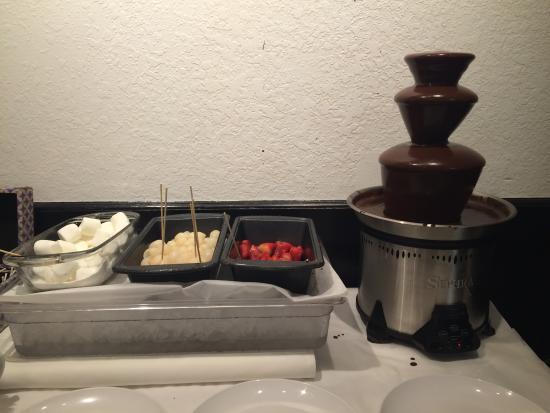 POC Buffet: Chocolate fountain with choices of fresh fruits and kids' favorites