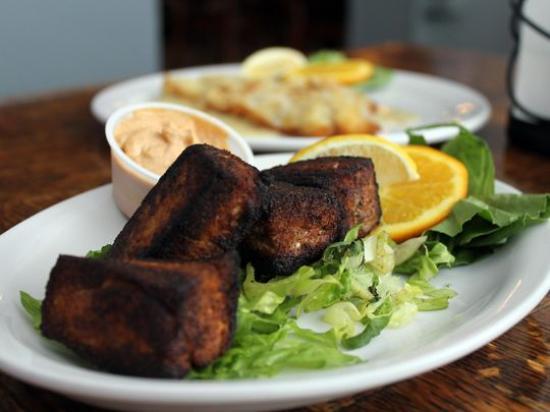 Kretch's Restaurant & Bar : Blackened Fresh Tuna Bites