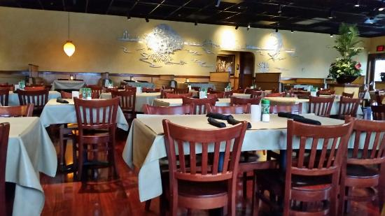 Group + Private Dining. Whether you're celebrating a special occasion, doing business, or simply gathering with friends and family, our group and private dining option is for bauernhoftester.mlon: W Lincoln Hwy, Exton, , PA.