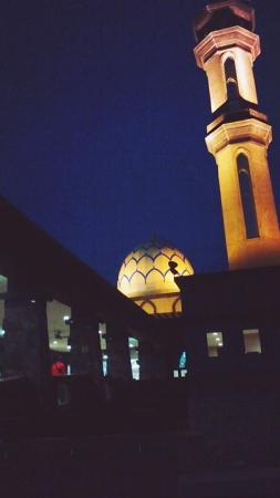 Kuala Perlis, Malasia: suasana subuh di masjid ini