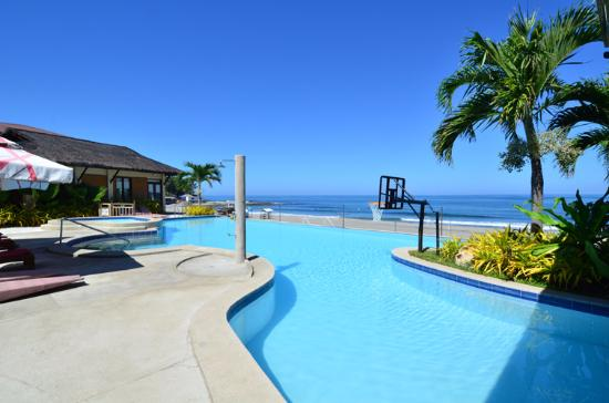 View From The Pool Picture Of Kahuna Beach Resort And Spa San Juan Tripadvisor