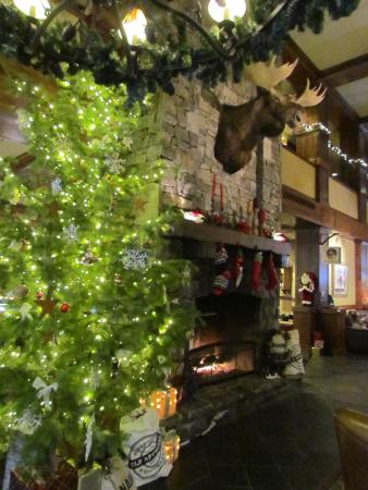 Lodge at Whitefish Lake: Inside the main Lodge