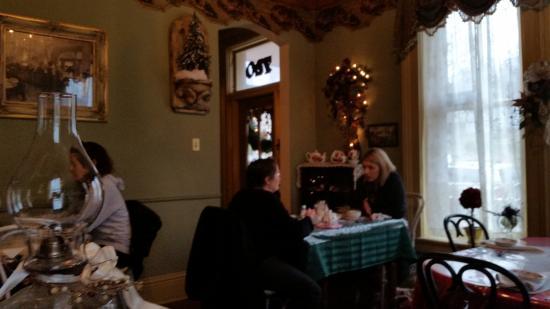 Gothic Tea House: room