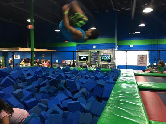 Outer Limitz Trampoline Arena
