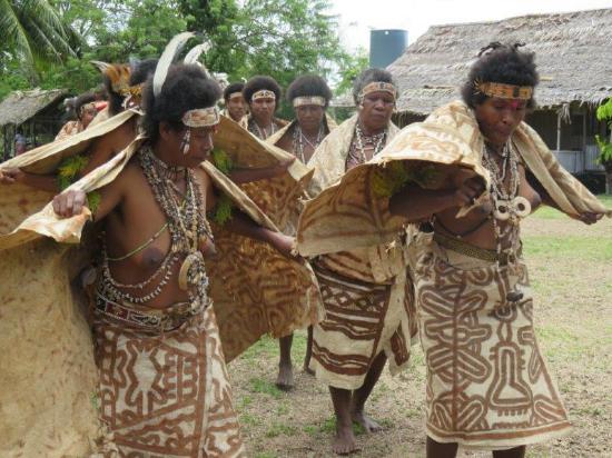 Kewarra Beach, Australien: Cultural performance at Buna