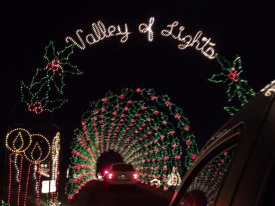 Prescott Valley, AZ: Valley of Lights - One of the drive through light tunnels