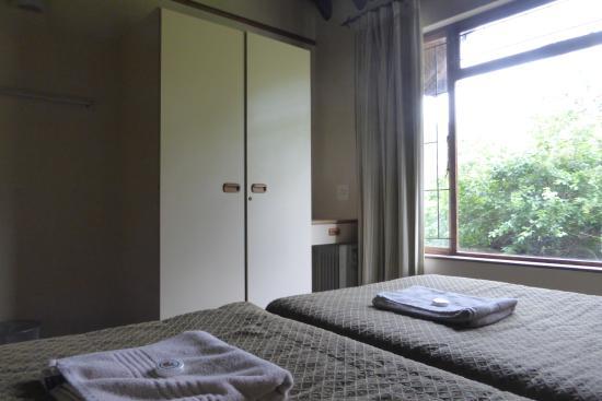 uKhahlamba-Drakensberg Park, Sudáfrica: wardrobe in bedroom