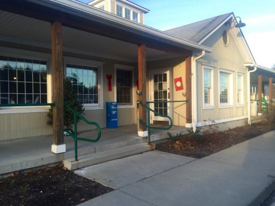 Rosie's Restaurant : Front Door