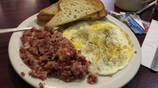 Macedonia, OH : breakfast