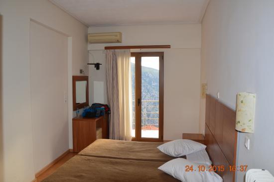 Hotel Tholos