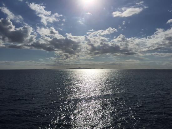 Castaway Island Day Trip: photo0.jpg