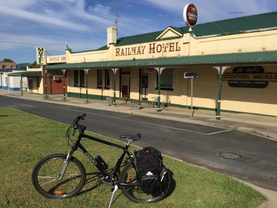 The Rails Hotel Motel - Myrtleford