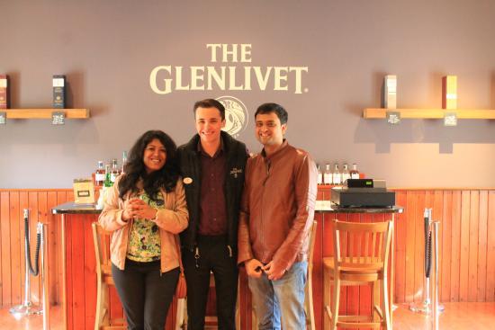 Ballindalloch, UK: tasting session