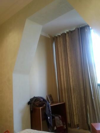 Hotel Dar El Ikram: Merci pour Elmashaf et tapi pour la prière