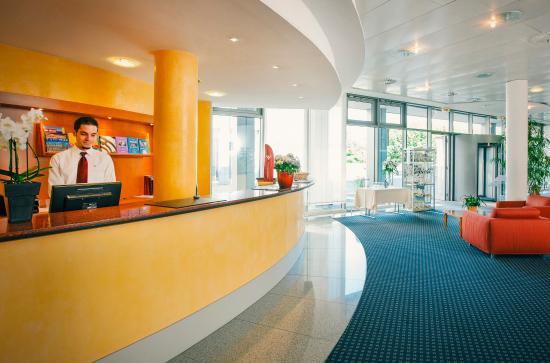 Vienna House Easy Trier : Lobby