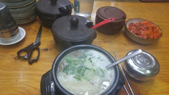 Jeongji Chun Ox Bone Soup