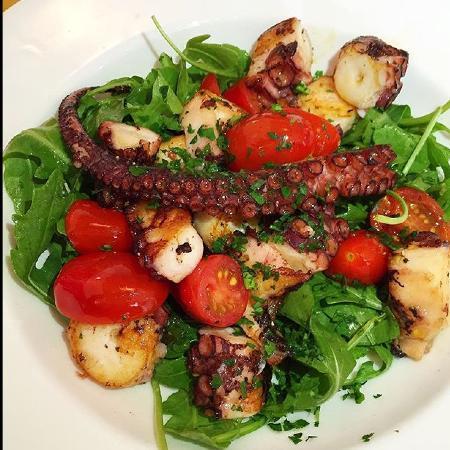 Angelini: Салат с морским гадами