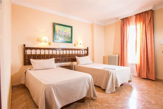 Hotel El Mirador Loja: Habitación Doble