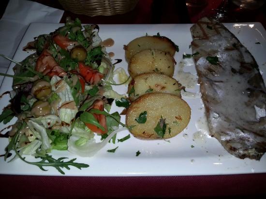 La Toscana II : Ho cenato in questo posto per tre sere ottima qualità dei piatti e ottimo servizio.... il person