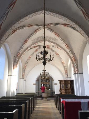 Risskov, Danimarka: Kalkmalerier med grufulde scener