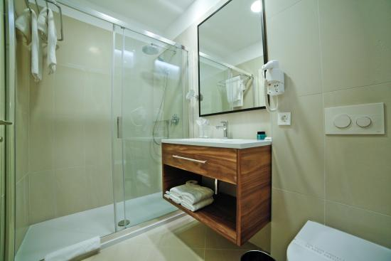 Hotel Korsal: bathroom