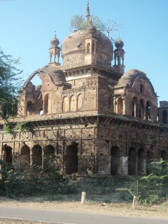 KV PANNA - Picture of Mahamati Prannathji Temple, Panna ...