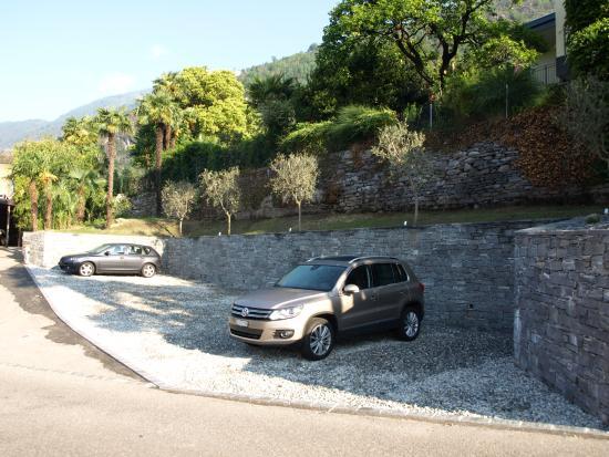 Tegna, Schweiz: Parcheggio gratuito
