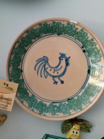 Oggetti Ceramica Di Caltagirone.Da Non Perdere Ceramiche Di Caltagirone Finalmente Decorate A Mano