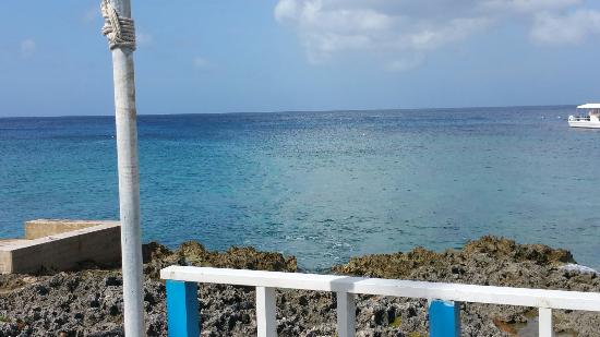 George Town, Grand Cayman: 20151224_113649_large.jpg