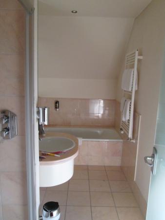 Zimmer 2 - Bild von Hotel Stadt Gütersloh, Gütersloh - TripAdvisor