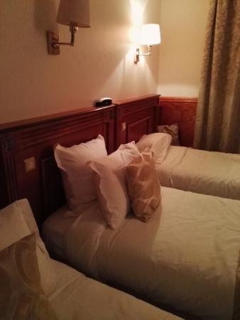 Hotel Pavillon de Montmartre : Chambre triple