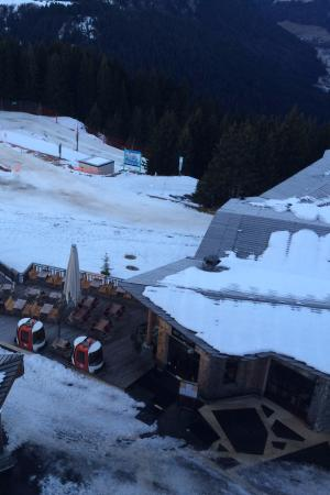 L'Epicerie Avoriaz : view down from L'Amara Chandra building