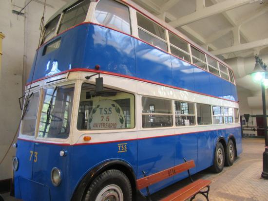 Bus de dos pisos fotograf a de museo vasco del ferrocarril azpeitia tripadvisor - Pisos azpeitia ...