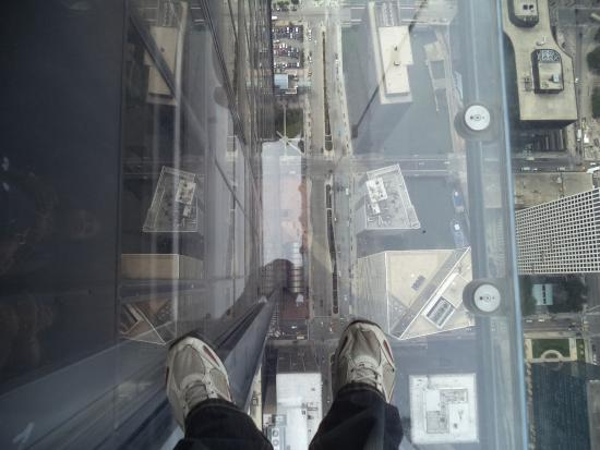 Skydeck Chicago - Willis Tower: On the Glass Platform