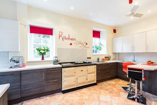 Bank Villa: The newly refurbished kitchen
