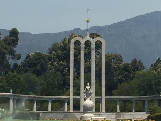 The Huguenot Memorial Monument: photo0.jpg